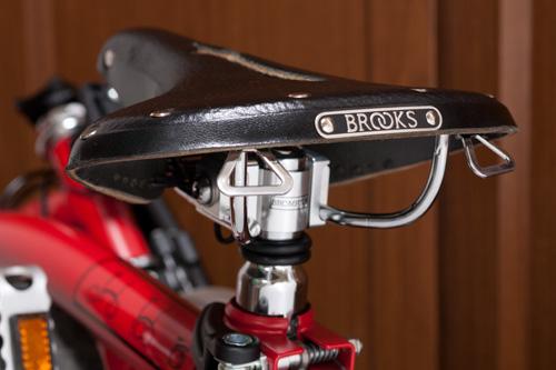 Brooks B68 サドル