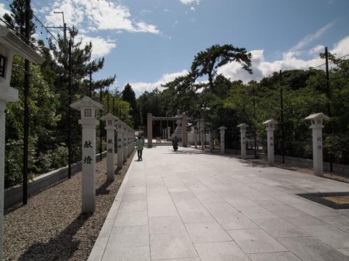 広田神社参道