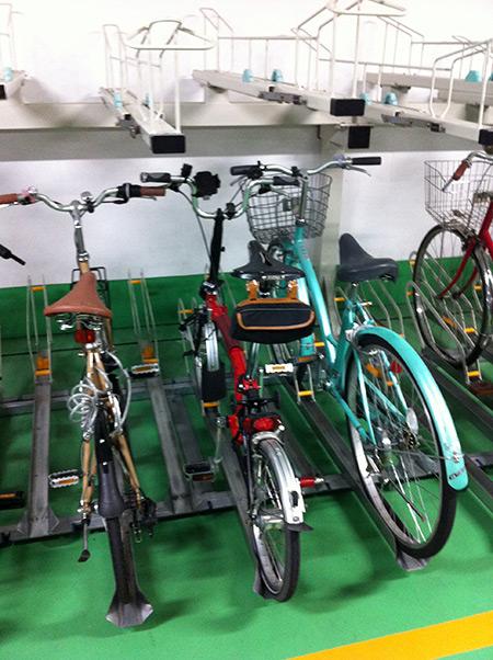 御射山自転車等駐車場