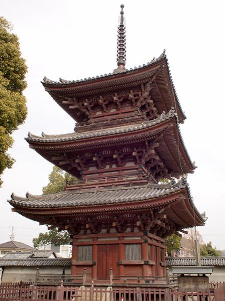 斑鳩寺 三重塔