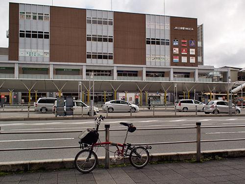 JR三田駅前