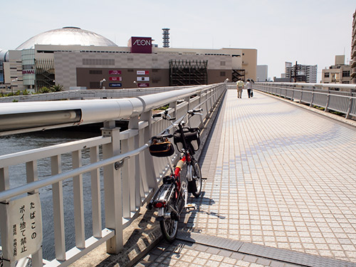 大阪ドーム前歩道橋
