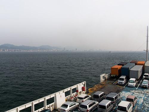 フェリーから神戸港