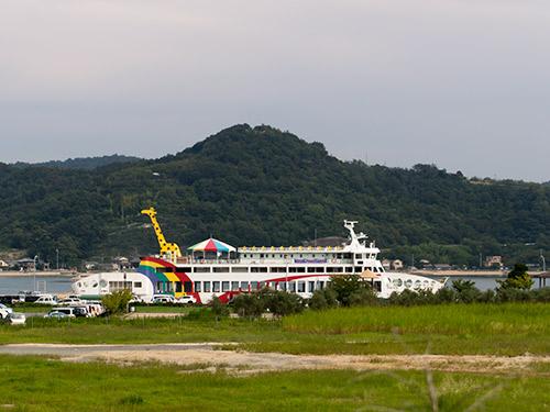 池田港 国際フェリー