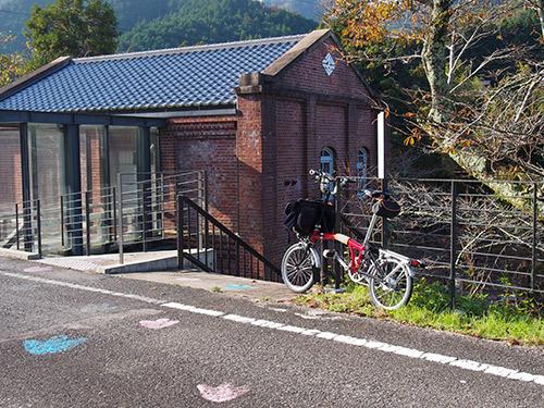 旧・上久下村営水力発電所