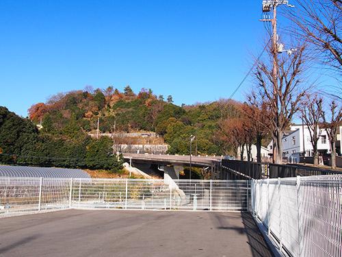 阪急山本駅からの坂