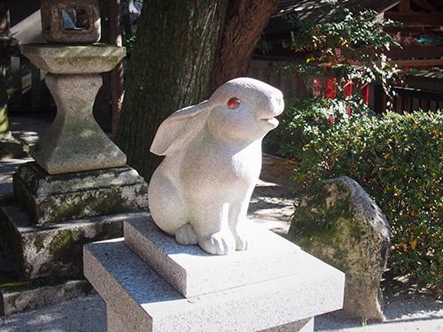 岡崎神社 狛兎