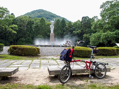 甲山森林公園 愛の像
