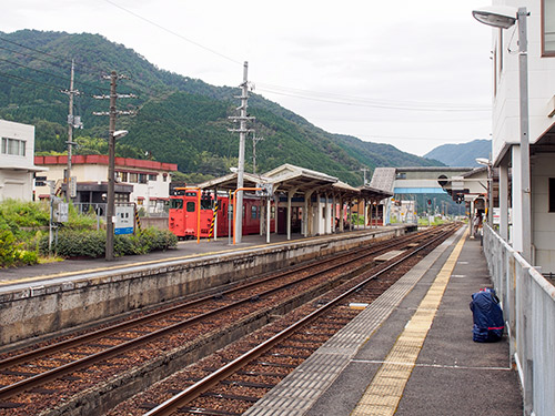 JR智頭駅ホーム