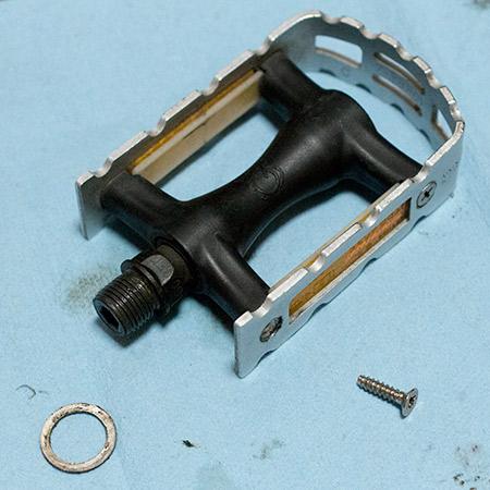 Brompton pedal