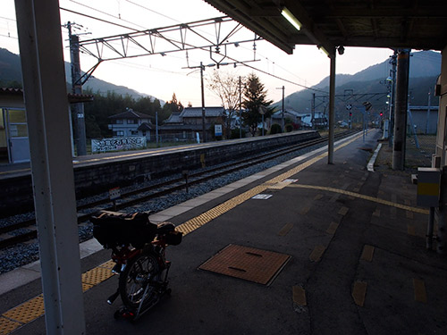 JR 下滝駅
