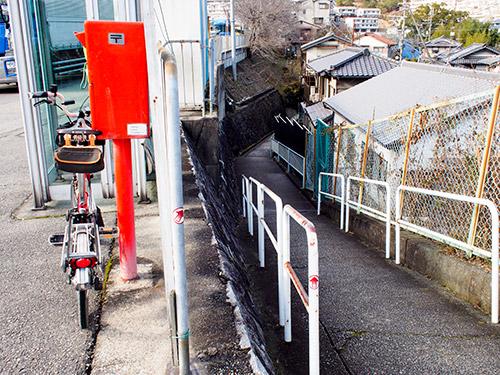 R176 木ノ元バス停前交差点