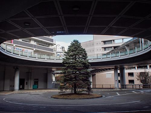 JR西宮名塩駅前