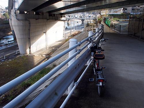 JR生瀬駅付近