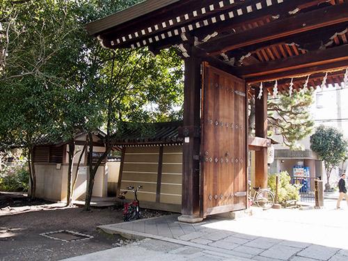 御靈神社 駐輪