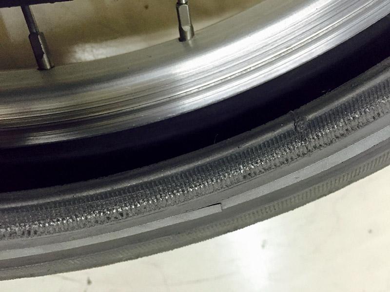 Brompton パンク修理