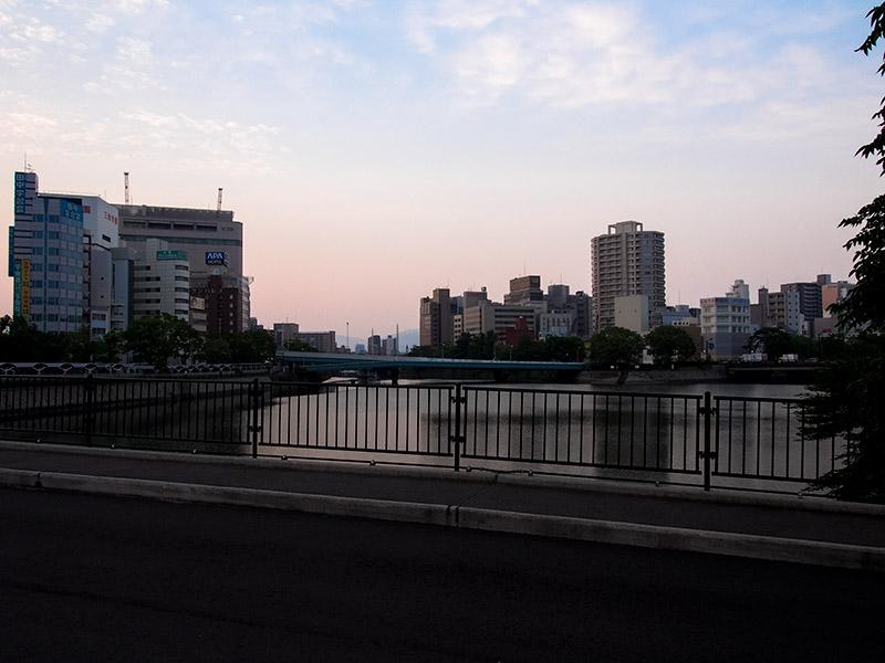 栄橋から京橋川