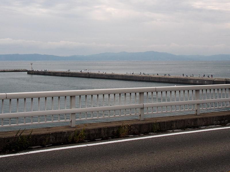 東二見橋から