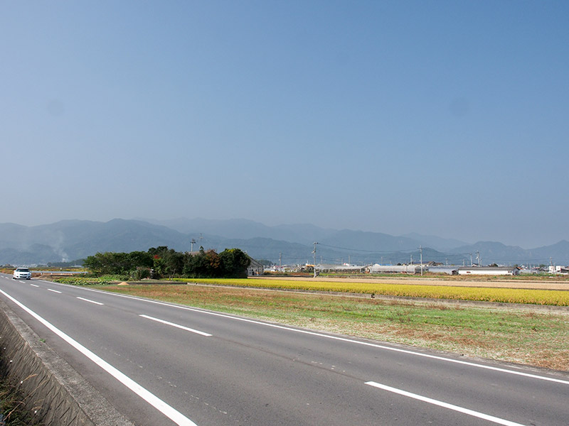 楢原山方面を望む