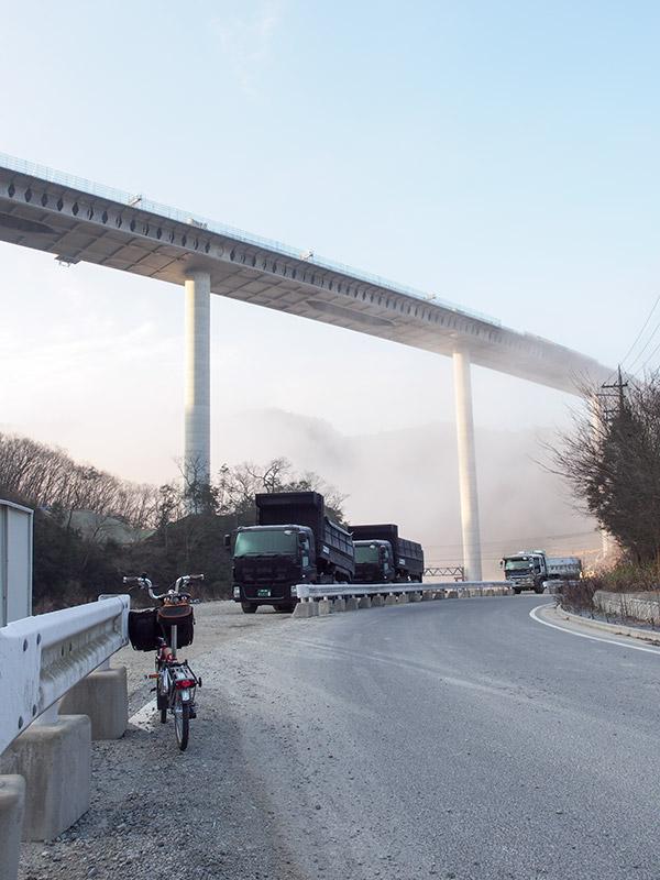 新名神武庫川橋2015