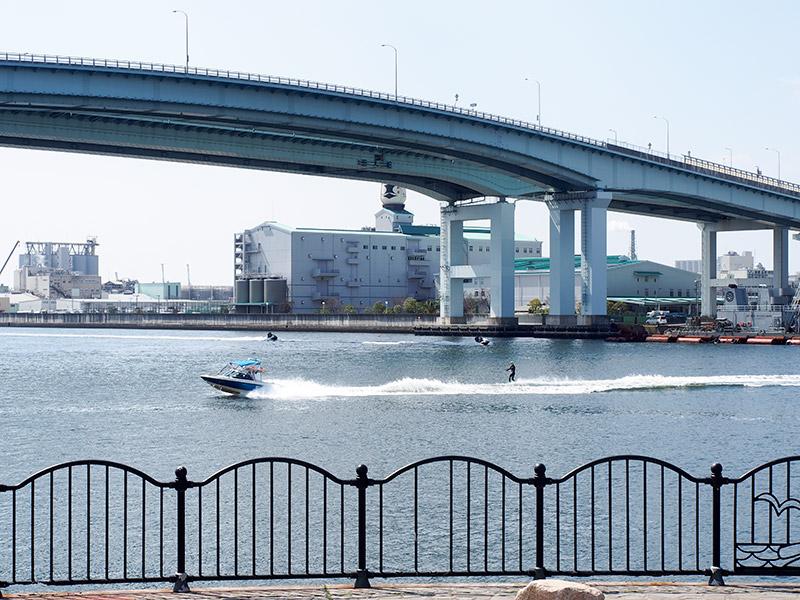 芦屋浜深江浜連絡橋 水上スキー