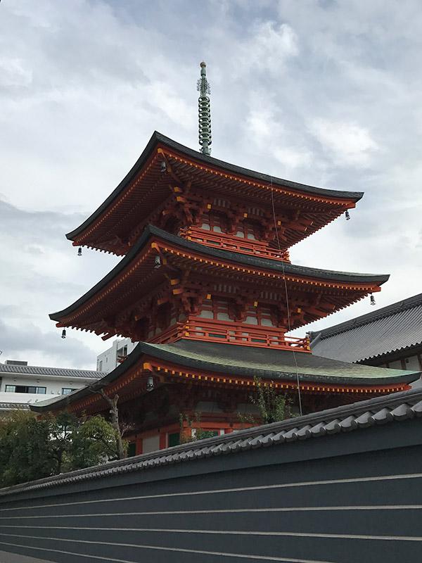 本興寺 三重宝塔