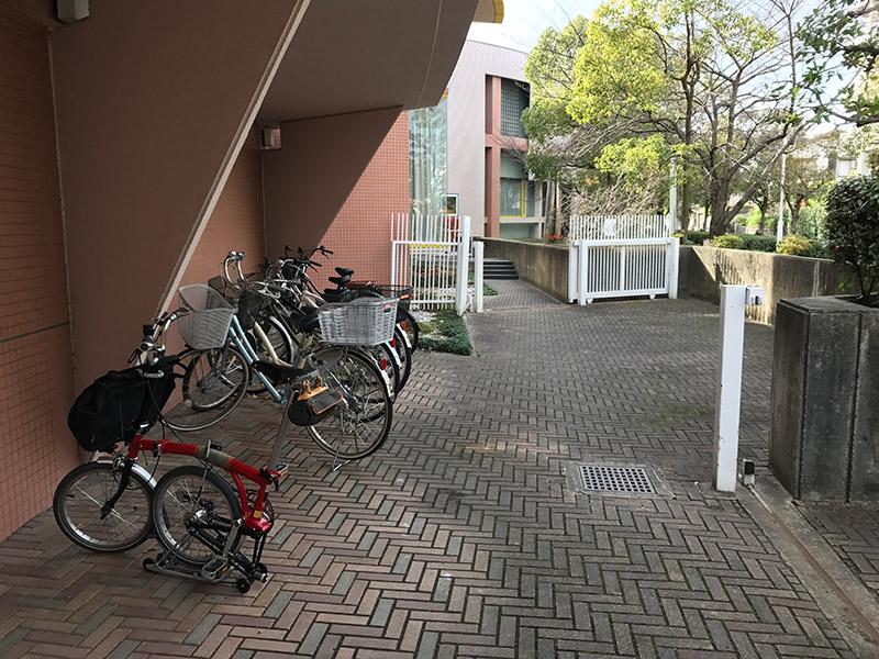 芦屋市立美術博物館 駐輪場