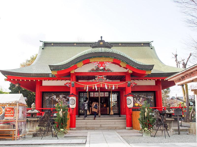 呉服神社 拝殿