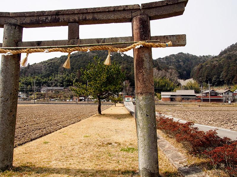 酒滴神社 石鳥居 2017