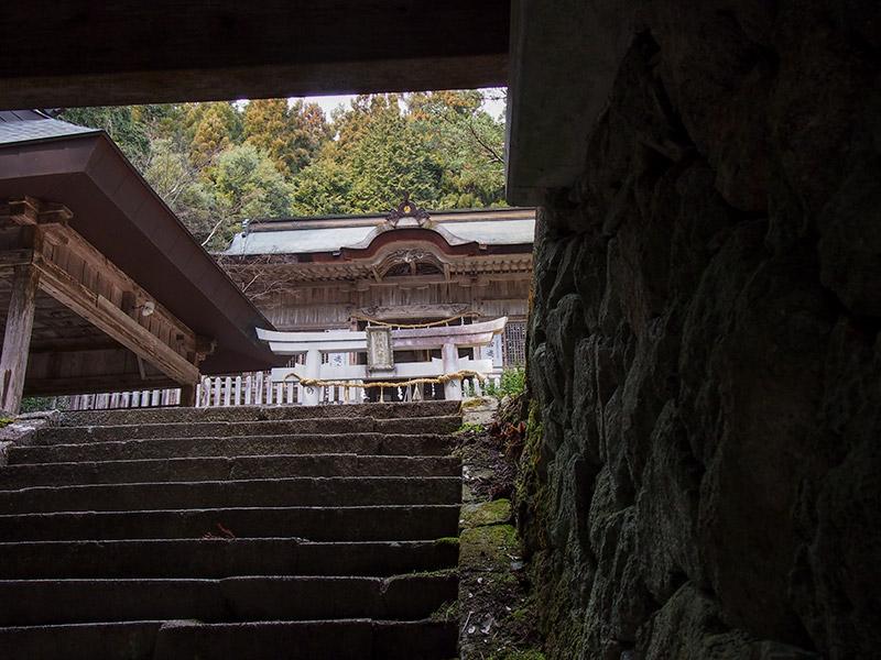 駒宇佐八幡神社 拝殿 2017