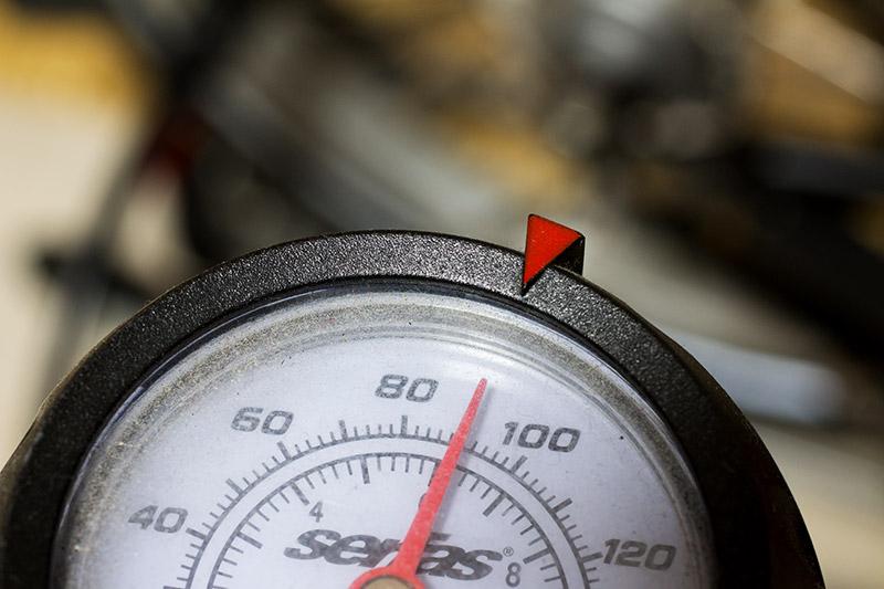 Brompton Standard tyre 空気圧