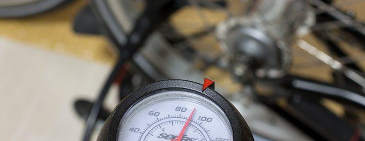 Brompton スタンダードタイヤ 空気圧
