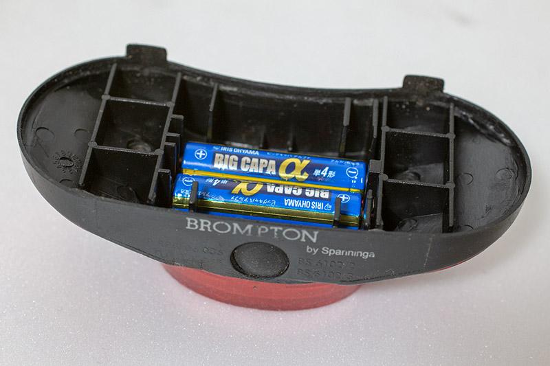 リアランプ 電池交換 2018