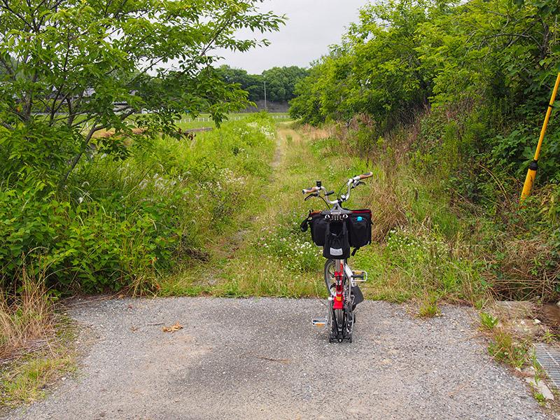 長尾川沿い