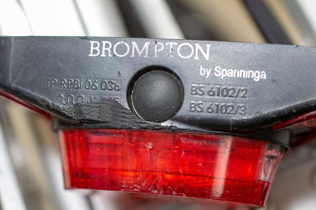 Brompton 旧リアランプ スイッチ