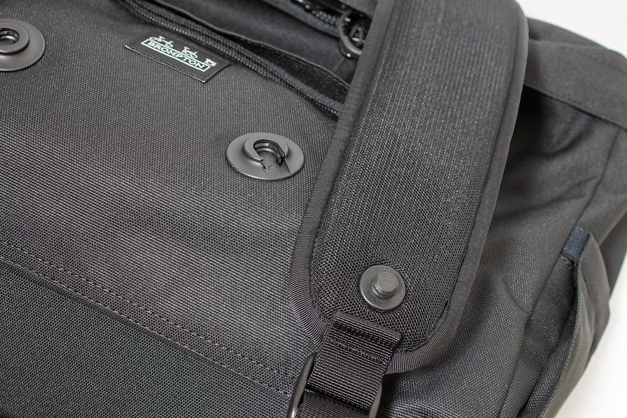 Metro Backpack ベルトホルダー